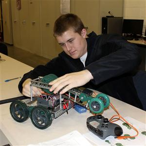 Pltw Pathway To Engineering Overview And Courses Ied Poe Cea